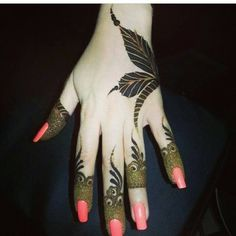 Short latest mehndi design by selma Finger Henna Designs, Arabic Henna Designs, Mehndi Designs For Girls, Modern Mehndi Designs, Mehndi Designs For Fingers, Beautiful Mehndi Design, Henna Tattoo Designs, Mehandi Designs, Heena Design