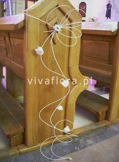 mlk Pew Flowers, Church Flowers, Kirchen, Wedding, Decor, Valentines Day Weddings, Decoration, Weddings, Decorating