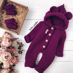 Crochet for baby Crochet Toddler, Crochet Bebe, Baby Girl Crochet, Crochet For Boys, Knitting For Kids, Cute Crochet, Knit Crochet, Knitted Baby Outfits, Crochet Baby Sweaters
