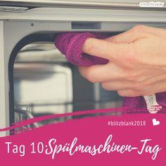 Das Geschirr ist sauber, aber wie sieht es mit der Spülmaschine aus? So einfach und schnell wird sie sauber und von Gerüchen befreit.