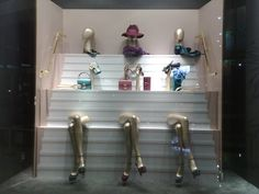Chic accessory line Window Display and Visual Merchandising