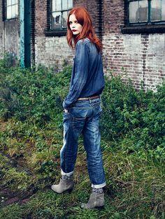 Maison Scotch -Autumn 2012 via Honey Kennedy Vogue Fashion, Denim Fashion, Girl Fashion, Fashion Art, All Jeans, Mein Style, Double Denim, Vintage Denim, Streetwear Fashion