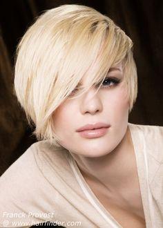 Assymetrical short hair