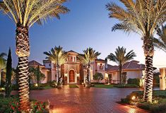 This could be my dream house and love the Palm trees