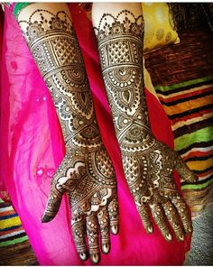 Latest bridal mehndi design for hands. Arabic Mehndi Designs Brides, Full Mehndi Designs, Traditional Mehndi Designs, Engagement Mehndi Designs, Latest Bridal Mehndi Designs, Indian Henna Designs, Mehandhi Designs, Henna Art Designs, Mehndi Designs For Girls