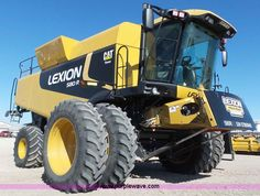 2009 Claas Lexion 580R Series 578 combine | Item K8255 selling at Wednesday May 11 Ag Equipment Auction | Purple Wave, Inc.