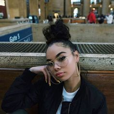 Baby hairs on major slayage @high4this Gold Spec Glasses restocked #vibewithgoldsoul