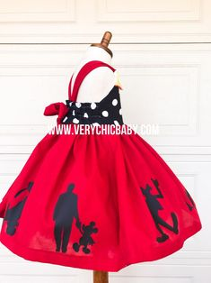 Mickeys clubhouse is the perfect piece for the girl who loves everything regarding Mickey & friends. This dress celebrates our clubhouse. Mickey Mouse Dress, Minnie Mouse Birthday Outfit, Mickey Mouse Costume, Minnie Dress, Couple Halloween Costumes For Adults, Couple Costumes, Disney Costumes, Adult Costumes, Baby Costumes