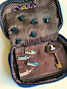 Finding BonggaMom: Inexpensive ways to store Disney trading pins