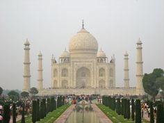Well I guess who ever whitewashes the taj mahal does an excellent job by doge_love_ Nepal, Taj Mahal, Make Photo, Elba, Incredible India, Amazing, Online Images, Logs, The Places Youll Go