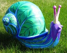 """Green Bay, Wisconsin - Butterflies & Friends on Parade 2012 - """"Late Bloomer"""" - 32 pieces of art in the shape of all sorts of bugs and animals"""