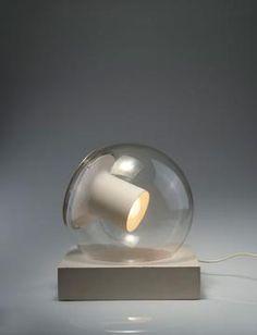 ♂ Unique 'Aton' table light by Joe Colombo.