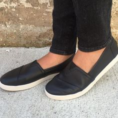 <all black everything> NEW @toms 'Avalon' sneaker in black leather is IN STOCK NOW! Call to purchase (304)525.2204 #vcstyle #shopvc #ootd #lotd #whatiwore #mu #westvirginia #wv #huntingtonwv #womensstyle #womensfashion #fashion #streetstyle #style #stylist #boutique #boutiqueshopping #instacool #instadaily #instastyle #instafashion #igers #fall16 #onlineshopping #igshop #shopping #instashop #instalike #toms