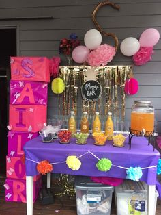 #momosabar #mumosabar #nameboxes #balloons #juice #pompoms