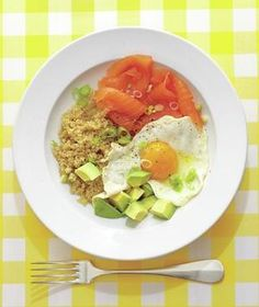 Quinoa Breakfast Bowl Serve quinoa topped with fried eggs, avocado, and salmon for a hearty jumpstart. Get the recipe for Quinoa Breakfast Bowl. Healthy Egg Recipes, Brunch Recipes, Breakfast Recipes, Cooking Recipes, Breakfast Ideas, Healthy Dishes, Easy Recipes, Breakfast Sandwiches, Water Recipes