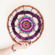 Telar redondo distintos materiales Deco, Fabrics, Decor, Deko, Decorating, Decoration