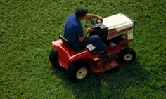 """HowStuffWorks """"Rotary Lawn Mowers"""""""