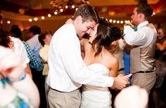 9 Tips To Hiring A Professional Wedding DJ