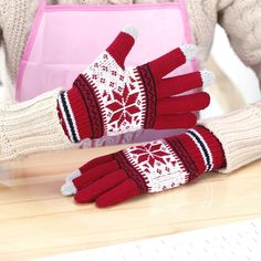 Back To Search Resultsapparel Accessories 1pair Men Women Cute 3d Digital Printing Animal Fruit Winter Knitted Mittens Colorful Wrist Warm Knitted Full Fingered Gloves A Great Variety Of Models