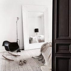 An elegant Swedish space in neutrals (via Bloglovin.com )