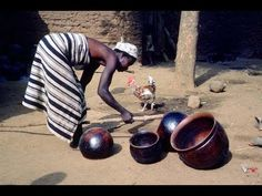 ▶ African Pottery Forming and Firing - YouTube Formidable Film