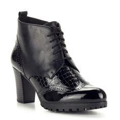 Magas sarkú Belle bőr cipő vastag gumi talppal, 8,5 cm magas