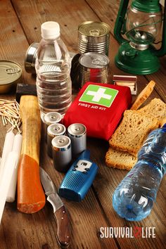 As every prepper knows, early preparation plays an integral role in any crisis survival strategy. Every well-equipped prepper needs an emergency bag that contains food, health, hygiene, and self-defense essentials. #emergencybag #emergencysupplies #emergencypreparedness #prepper #survival #preparedness #survivallife Emergency Preparedness Kit List, Emergency Bag, Emergency Supplies, Disaster Preparedness, Survival Prepping, Bug Out Kit, Federal Emergency Management Agency, National Animal, Hiding Spots