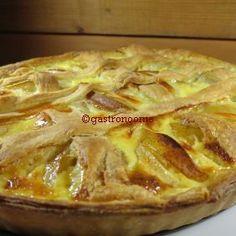 Tarte pommes & poires Cette tarte est excellente :) A préparer avec une pâte maison pour encore plus de plaisir :) #Recette, #Tarte, #Pommes, #Poires, #Dessert,