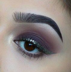 Tendencias en maquillaje de ojos 2017 http://beautyandfashionideas.com/tendencias-maquillaje-ojos-2017/ Trends in Eye Makeup 2017 #ideasdemaquillaje #makeup #Maquillaje #maquillajedeojos #tendenciasenmaquillaje #Tendenciasenmaquillajedeojos2017 #tutorialesdemaquillaje