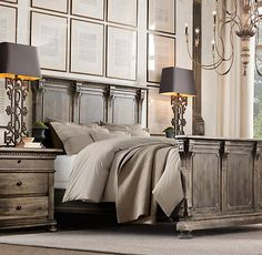 Stunning bed, night stands, lamps...