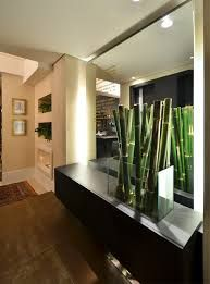 Resultado de imagem para hall de entrada apartamento com papel de parede