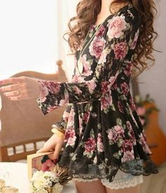 Cute Scoop Neck Floral Print Long Sleeve Lace Blouse