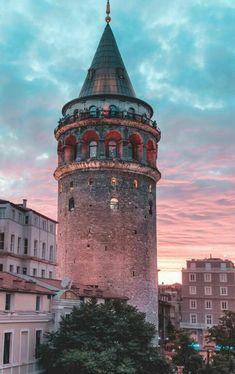 Galata-Turm, Istanbul, die Türkei – Esen – Let's Pin This Galata Tower, Istanbul, Turkey – Esen Wallpapers Tumblr, Ios Wallpapers, Hagia Sophia, City Wallpaper, Galaxy Wallpaper, Istanbul Travel, Most Beautiful Wallpaper, Billiard Room, Turkey Travel