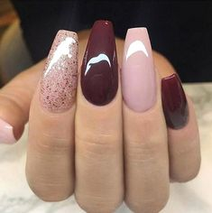 32 Fall Nails Colors Acrylic Coffin That will motivate you mauve nails Coffin Nails Long, Long Nails, My Nails, Short Nails, Diy Nail Designs, Acrylic Nail Designs, Neutral Nail Designs, Dark Red Nails, Red Glitter Nails