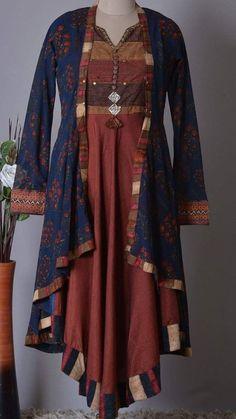 Jacket Style Kurti, Kurti With Jacket, Pakistani Fashion Casual, Indian Fashion, Kurta Designs, Blouse Designs, Indian Dresses, Indian Outfits, Frock Fashion