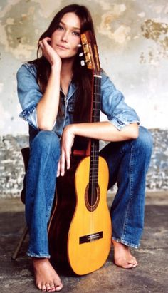 "Photo By Rex Features: Carla Bruni, DECEMBER 2002 – A Promo Shot For Her Debut Album ""Quelqu'Un M'A Dit"""