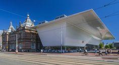 Un largo lifting para el Stedelijk : Ámsterdam recupera tras 10 años de azarosa restauración su influyente centro de arte moderno . en 2013 será el turno de Rijksmuseum y el Van Gogh / @sunsetelsa @elpais_cultura | #socialcuratorship