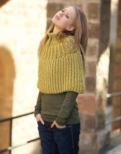 Book Woman Basics 9 Autumn / Winter | 19: Woman Cape | Yellow