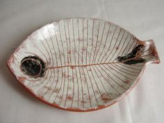 Lagardo Tackett ceramic fish (interior designer Thad Hayes) plate designs plate sets plate plate presentation dinner plate plate on wall photography Pottery Plates, Slab Pottery, Ceramic Pottery, Pottery Art, Clay Plates, Ceramic Plates, Ceramic Soap Dish, Ceramic Clay, Fish Design