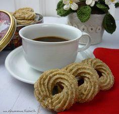 Az áfonya mámora: Dán vajas keksz Cream Cheese Flan, Condensed Milk Cake, Cheddar Cheese, Tableware, Sweet, Cheddar, Candy, Dinnerware, Tablewares