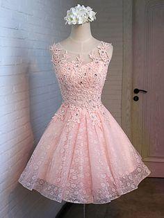 lace cocktail homecoming dresses #SIMIBridal #homecomingdresses