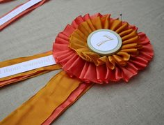 equestrian ribbon wedding place cards or table numbers Diy Place Cards, Wedding Place Cards, Diy Cards, Horse Show Ribbons, Diy Ribbon, Ribbon Rosettes, Fabric Rosette, Cool Birthday Cards, Horse Party