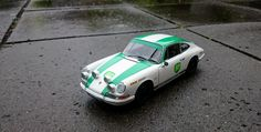 Porsche 911 rally. A personalized scale model 1:18. --- Customized on request by www.modelcarworkshop.nl --- #porsche #911 #Autoart #custom #cars #classics #rally #race #scalemodel #modelcarworkshop #gift #present #man #collectable #octane