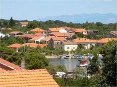 Apartments Strgacic offer #accommodation in #lowcostapartments located only 150m from the sea, the beach and the center of village #VeliIz on the #islandIz.   The accommodation is ideal for #VeliIzfamilyvacations, #holidaysinCroatia for group of friends as well as for #boaters and #watersportsenthusiasts. For more infor about #VeliIZVacationrentals visit http://www.croatia-accommodation.info/croatia-accommodation/north_dalmatia_region_zadar/veli_iz_island_iz and #bookapartmentsinVeliIz on…