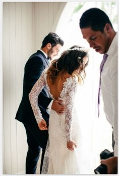 Low back, lace sleeves