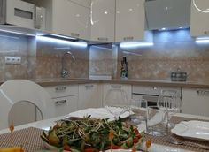 Кухни на заказ - Атмосфера Bathroom Lighting, Kitchen Cabinets, Mirror, Furniture, Home Decor, Bathroom Light Fittings, Bathroom Vanity Lighting, Decoration Home, Room Decor