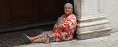 This is one of the women that regularly sits in the door of the Catedral in Merida, begging for money. As you can see, she does not look hungry. They call these women Dulce Marias (sweet Marias) and most Yucatecos do not give them money. It is said they make a very good living doing this...