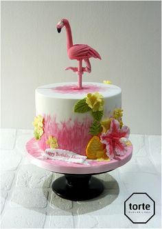 Flamingo and pineapple birthday cake #birthday #cake #flamingo #pineapple #website