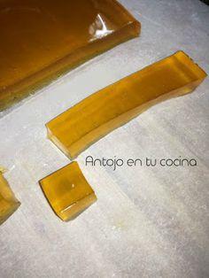 Gelatina de miel - honey jelly (310 gr miel, 50 gr agua y 4 hojas de gelatina)