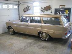 1968 mercedes 200D wagon